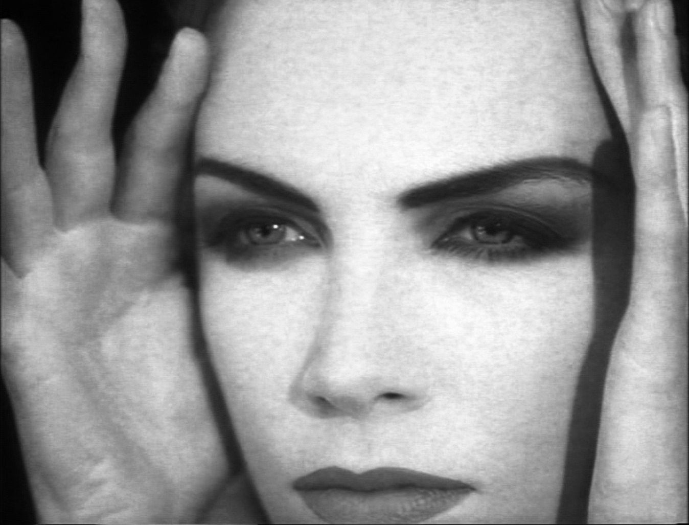 1000 ideas about annie lennox sweet dreams on pinterest annie lennox songs annie lennox and - Annie lennox diva ...
