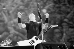 Horns Up Rocks Big Four Metallica James Hetfield J