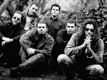 inxs-out-side-black-white-corbis-630-80.jpg